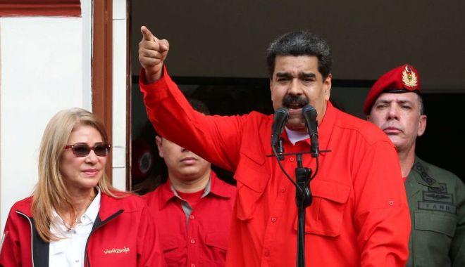 Foto: Washingtonul va sancţiona organizaţiile străine care îl ajută pe Nicolas Maduro