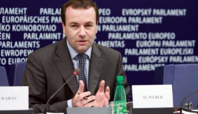 Foto: Vicepreşedintele PPE laudă Bulgaria şi critică România pe tema justiţiei