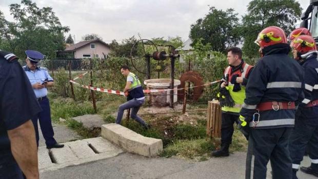 Foto: Doi frați au murit după ce au intrat într-un puț pentru a-l curăța
