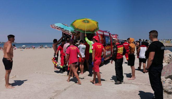 UPDATE. Bărbat, înecat în mare, pe plaja Modern. Medicii au declarat decesul - whatsappimage20200628at135703-1593341952.jpg