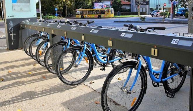 Tineri anchetați după ce ar fi furat o bicicletă a Primăriei Constanța - whatsappimage20210518at035623-1621335920.jpg