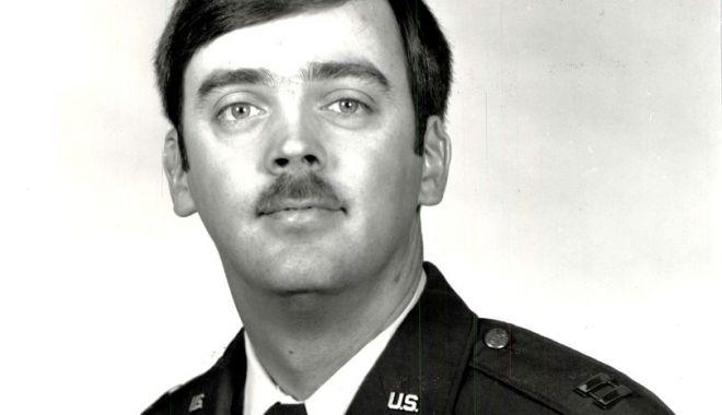 Foto: Un căpitan din Forțele Aeriene ale SUA a fost găsit la 35 de ani după ce a dezertat