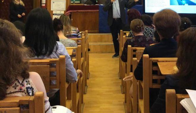 Foto: Workshop dedicat sistemului de învăţământ, organizat de Crucial Systems & Services, la Constanţa