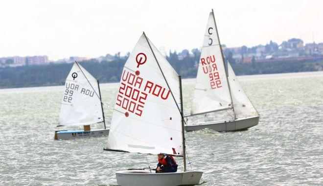 Foto: Velierii au ridicat pânzele la Cupa 1 Iunie la yachting