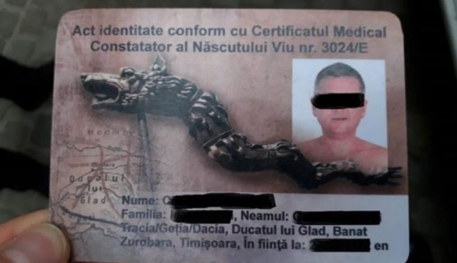 """Foto: Șofer amendat de politiști, după ce le-a prezentat un buletin de """"născut viu din Ducatul lui Glad"""""""