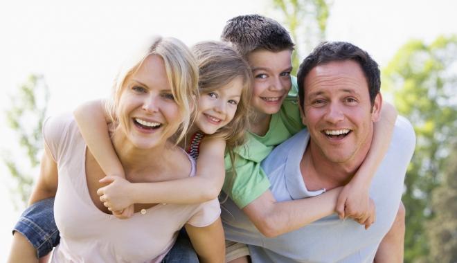 Ziua Internaţională a Familiei, sărbătorită la Cumpăna - youngchildrenneedfluprotection-1494417916.jpg