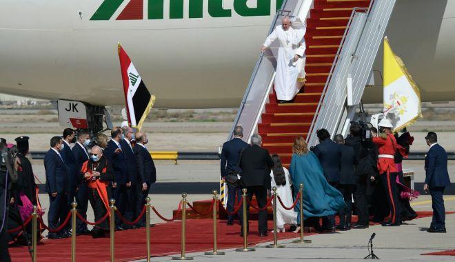 GALERIE FOTO / Cum a fost întâmpinat Papa Francisc în Irak - ywnhodjlnzlhmgm4zjbhmtyxywuzy2iy-1615018122.jpg