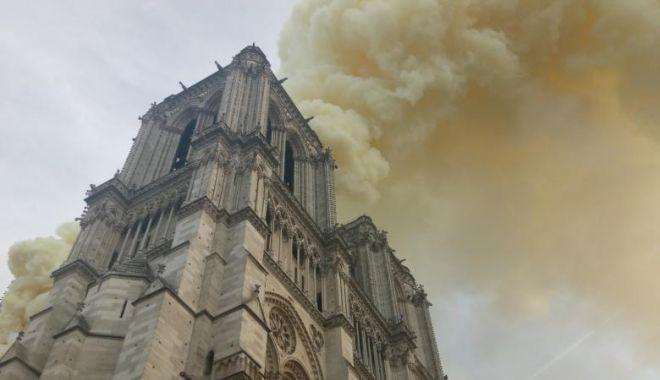 Donații de 300 de milioane de euro pentru reconstrucția Catedralei Notre Dame, din partea celor mai bogate familii din Franța - yxnoptgxzdc5yjjmztzimjg2zmvjzgiy-1555414047.jpg