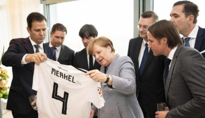 Foto: Reacţia Angelei Merkel, după eliminarea Germaniei de la Mondiale