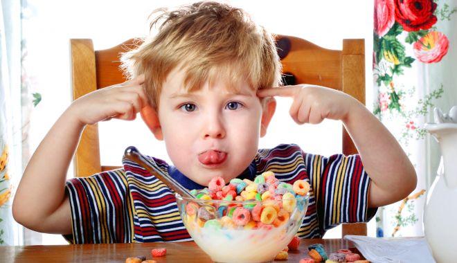 Foto: Zahărul influențează hiperactivitatea la copii