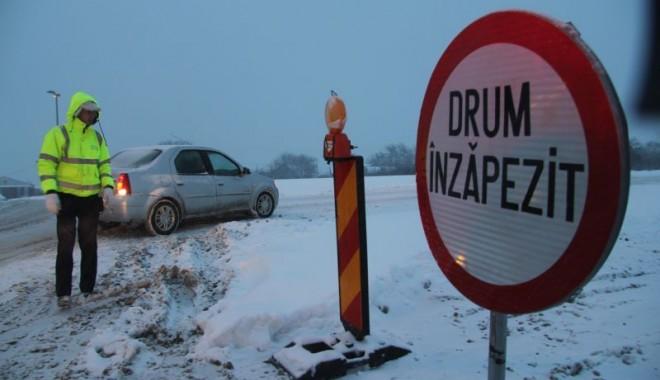Foto: UPDATE / Circulaţia pe A2 a fost REDESCHISĂ. Se circulă în condiţii de iarnă