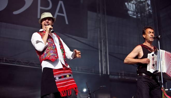 Foto: Zdob şi Zdub, concert caritabil în Club Doors