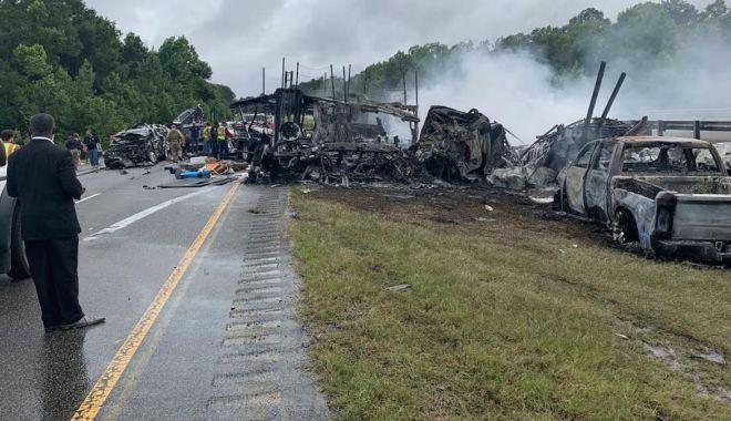 Zece morţi, între care 9 copii, într-un accident în lanţ petrecut în Alabama - zecemorti1-1624283735.jpg