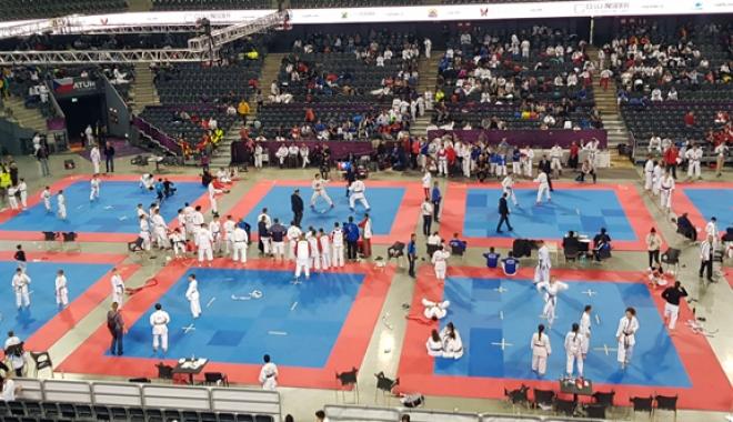 Foto: Zeci de medalii pentru sportivii constănţeni, la competiţiile naţionale de karate