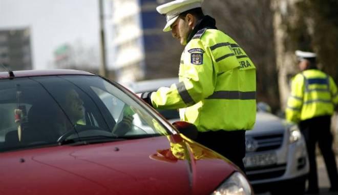 Foto: Zeci de mii de sancțiuni aplicate de polițiști