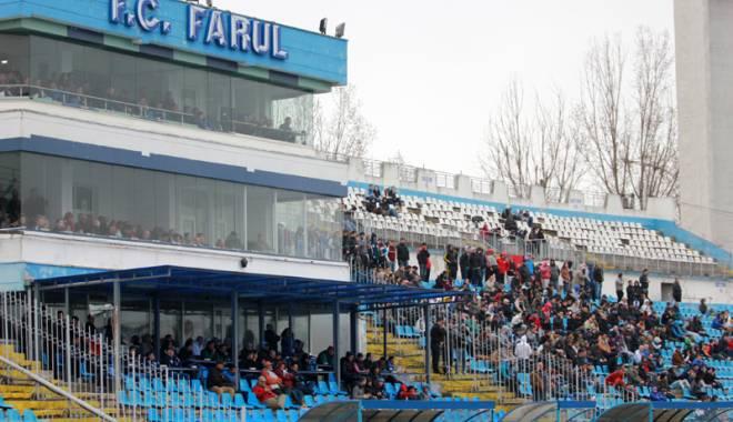 """Foto: Astăzi, inspecţia decisivă la stadionul """"Farul"""""""