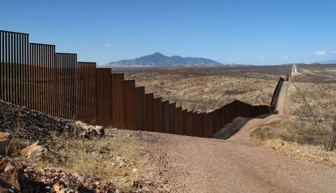 Foto: Zidul lui Trump, blocat. Ce decizie a luat Senatul din SUA