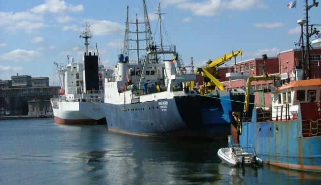 Foto: Zilele Porţilor Deschise in Portul Constanta