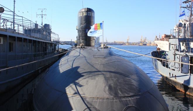 Foto: Ziua Submarinistului marcată cu tristeţe  de militari