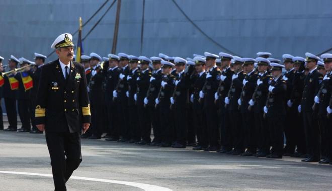 Foto: Ziua Independenţei de Stat a României, marcată de militarii Forţei Navale Române