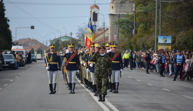 Foto: Ziua Armatei Române, sărbătorită  la Constanţa şi în toată ţara