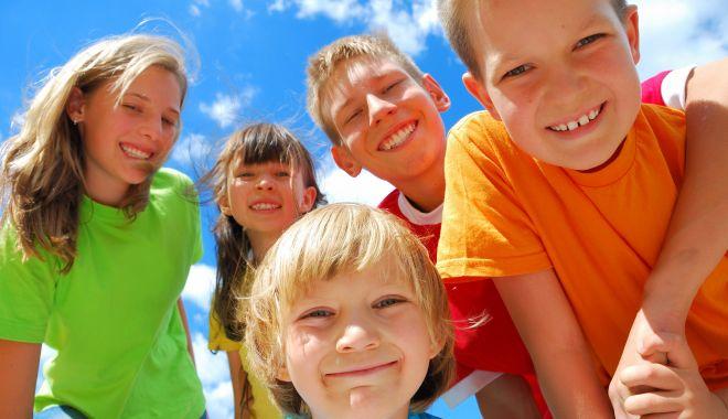 Foto: Ziua copilului, sărbătorită la Constanţa. Un program plin de activităţi!
