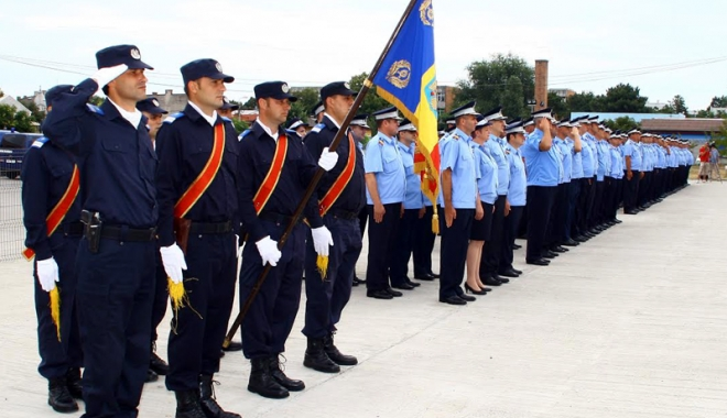 Foto: Ziua Drapelului Naţional, marcată de jandarmii din Constanţa