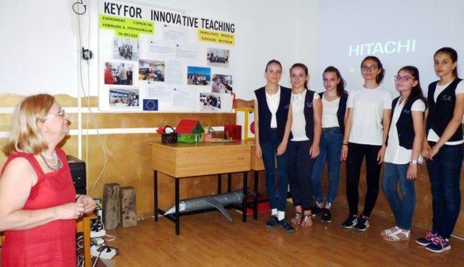 """Foto: Ziua Erasmus, la Şcoala """"Grigore Moisil"""" din Năvodari"""