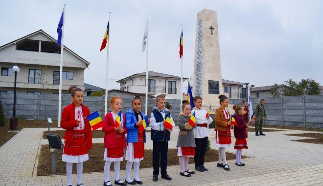 Foto: Eroii, comemorați de administrația locală din Cumpăna