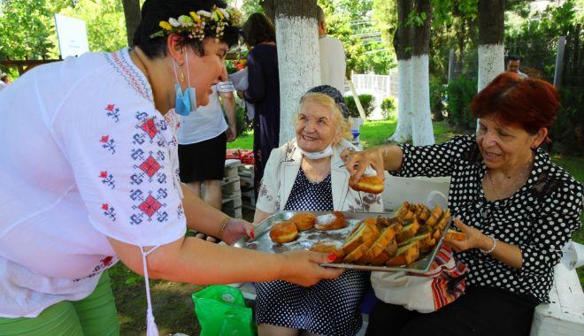 Ziua Iei, sărbătorită la Căminul pentru Persoane Vârstnice - ziuaieisarbatorita-1624560049.jpg