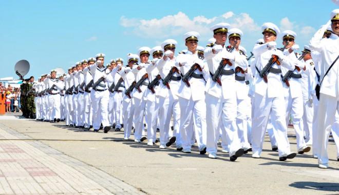 Start la manifestările prilejuite  cu ocazia Zilei Marinei - ziuamarinei1-1344530935.jpg