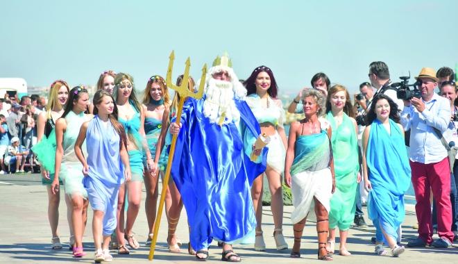 Foto: Ziua Marinei Române, 115 ani de tradiţie la malul mării