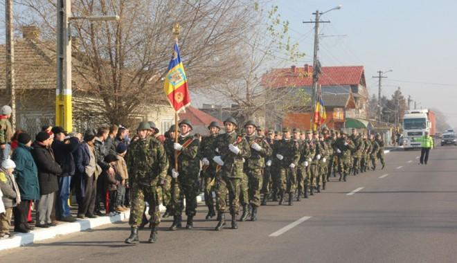 Foto: Manifestări dedicate Zilei Eroilor