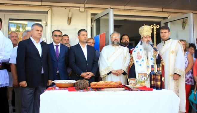 S-a deschis Sărbătoarea Recoltei şi a Vinului Dobrogean - ziuarecoltei38-1443202259.jpg