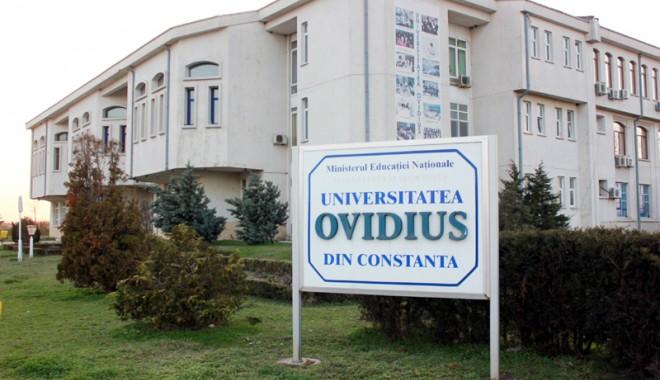 """Foto: Ziua Z la Universitatea """"Ovidius"""". Cine va fi viitorul rector?"""