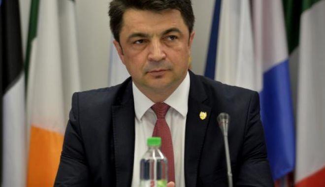 Foto: Ministrul Culturii a gafat în timp ce îl elogia pe Mihai Eminescu: