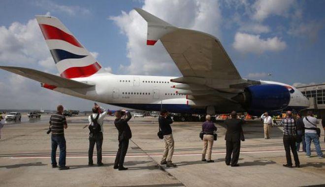 Foto: Airbus renunță la modelul A380, cel mai mare avion de pasageri din lume