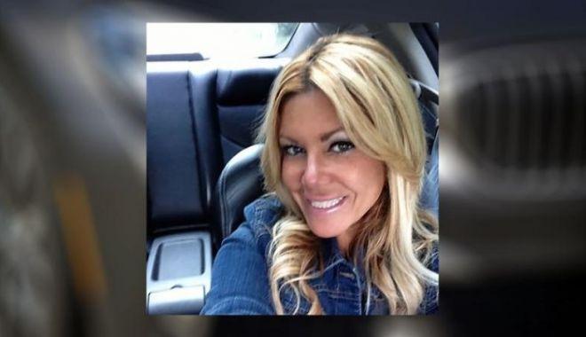 Foto: O femeie a furat peste 1 milion de dolari de la BMW pentru a-și cumpăra un Ford Mustang și bilete de avion