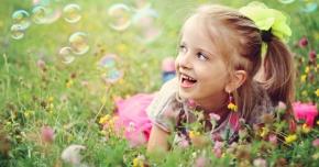 Cum arată o zi sănătoasă din viaţa unui copil