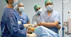 Artroscopia, indicată în cazul leziunilor intraarticulare