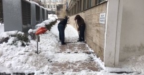 Toate căile de acces către Spitalul Judeţean au fost degajate