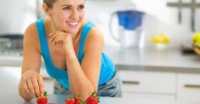 Atenţie la iaurturile cu fructe! Ele conţin prea mult zahăr şi coloranţi