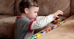 Terapie plătită de stat pentru copiii cu autism
