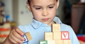 Evaluare gratuită pentru copiii cu autism din Constanţa