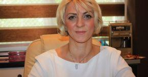 """Liberalii au trimis-o acasă! Nicoleta Bercaru, eliberată din funcția de director al Centrului """"Teodor Burada"""""""