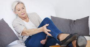 Ceapa vă poate ajuta în cazul picioarelor umflate