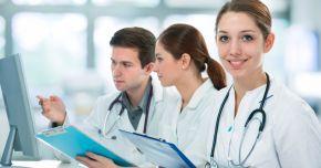 Personalul medical își negociază salariile