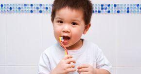 Afecțiunile gingiei, foarte periculoase. Ce recomandă medicii