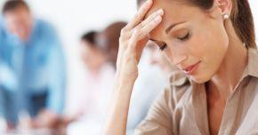 Deshidratarea duce la dureri de cap