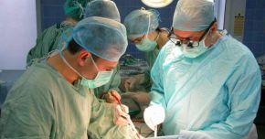Premieră pe țară: A fost realizat primul transplant de cornee